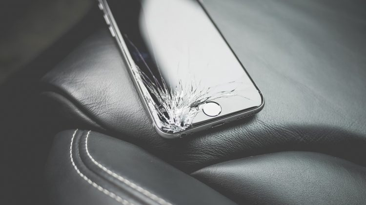 Broke Your Iphone's screen? Consider Taking It In For Repair Instead of Purchasing a New Phone