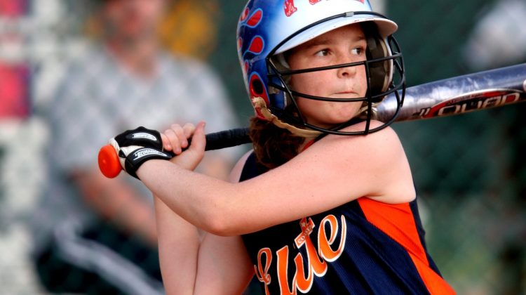 What to consider when Choosing Baseball Bats for High School Games